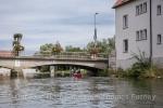 Hinter Brücke scharf links!