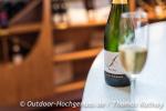 Begrüßungssekt im Weingut Bimmerle