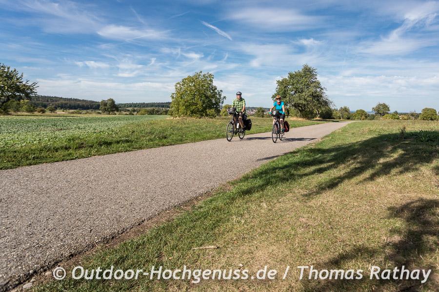 Felder und Streuobst vor Straubenhardt