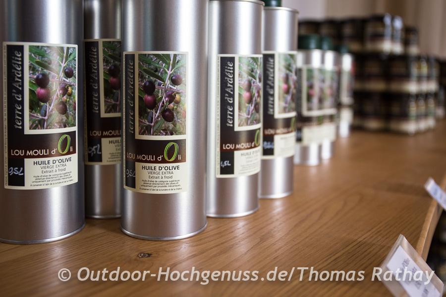 Feine Olivenöle werden auf dem Weg ans Mittelmeer hergestellt