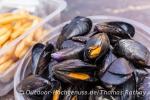 Fangfrischer Muschelgenuss am Ende der Reise in Port-Saint-Louis