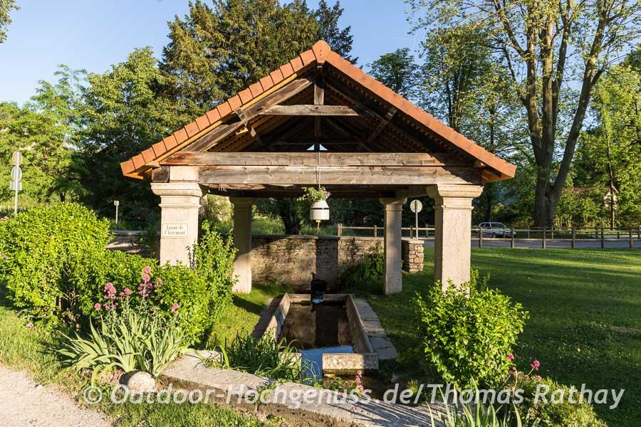 In der Region Regionen Auvergne Rhône-Alpes besonder häufig vertreten: alte gut erhaltene Waschhäuser (Fontaine-Lavoir)