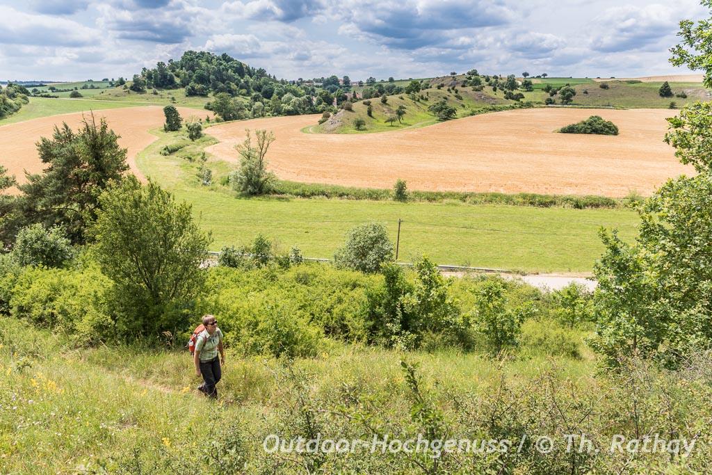 Hügelwanderung im Kessel, Wandern im Ferienland Donau-Ries