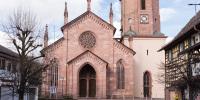 Große Kirche im kleinen Dorf