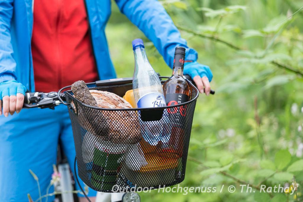 Vesperkorb auf unserer Radtour durch Luxemburg