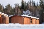 Die Sauna raucht schon und wir freuen uns auf die warme Stube.
