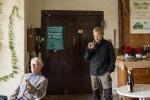 Zufällig treffen wir Herrn Köpfer Senior und seinen Enkel