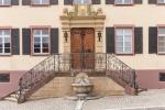 Weinprobe, Kellerführung und Besichtigung im Schloss Ebringen