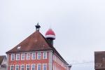 Mütze auf dem Rathaus