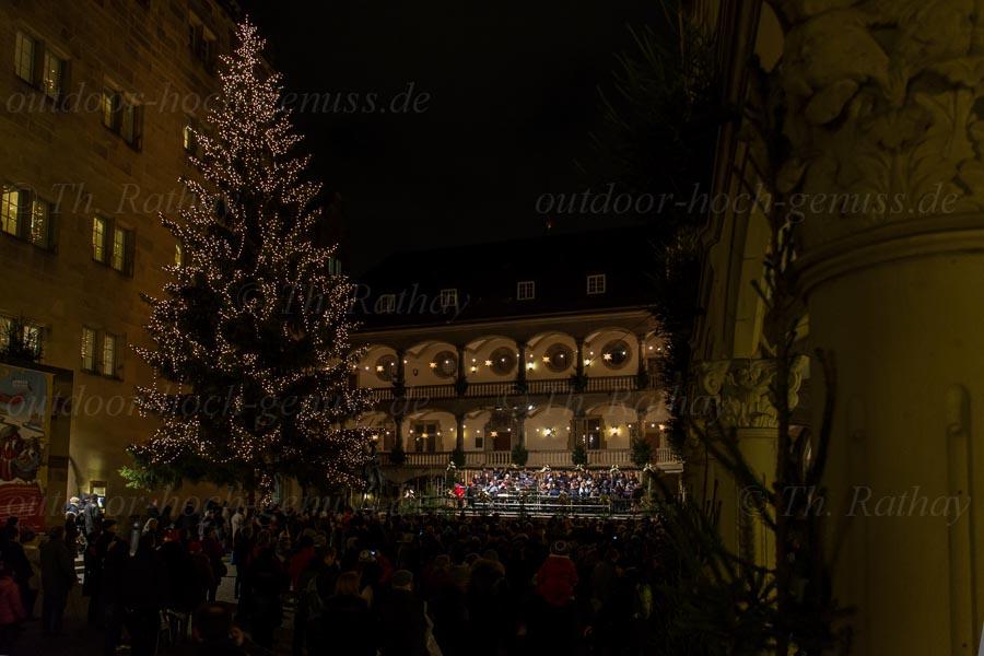 Abendliches Konzert im Innenhof des Alten Schloss in Stuttgart