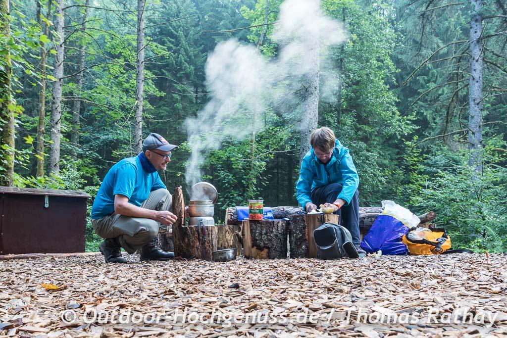 Outdoor Cooking im Trekking-Camp macht so viel Spaß!