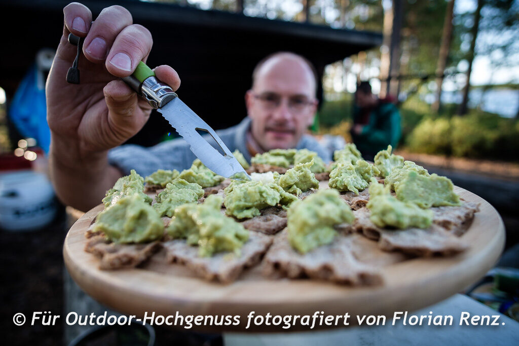 Guacamole auf Knäckebrot