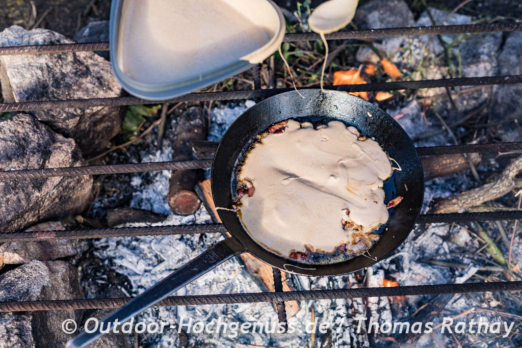 Buchweizenpfannkuchen mit Speck