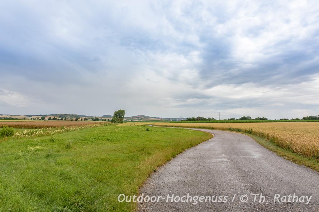 Mit dem E-Bike/ Pedelec auf der westlichen *Krater zu Krater* Radrunde im Ferienland Donau-Ries.