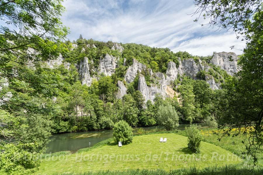 Die junge Donau von ihrer felsigen Seite
