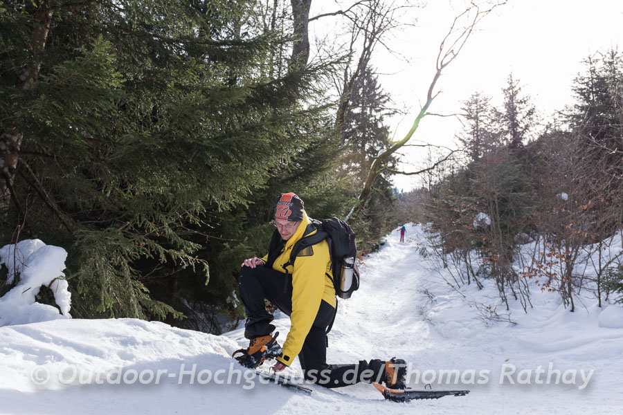 High-Heel-Schneeschuhe vereinfachen den Aufstieg.