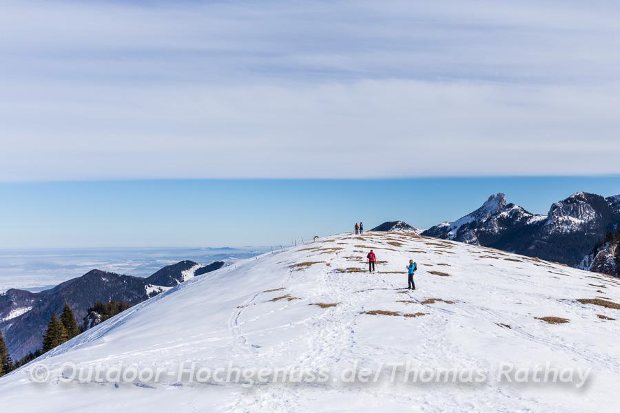 Endspurt zum Gipfelkreuz des Laubsensteins.