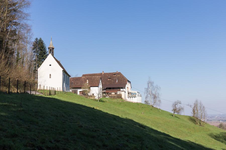 Sonniger Gotthardshof